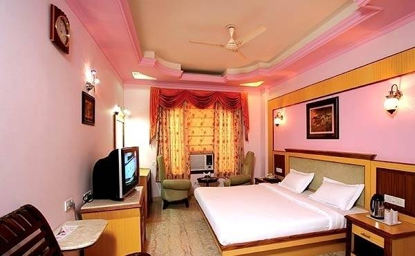 Hotel TJS Royale, New Delhi, India, preferred site for booking vacations in New Delhi