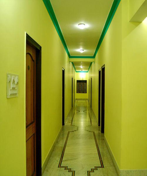 Hotel Tokyo Vihar, Bodh Gaya, India, youth hostels with air conditioning in Bodh Gaya