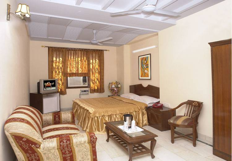 Hotel Unistar, New Delhi, India, best North American and South American hostel destinations in New Delhi