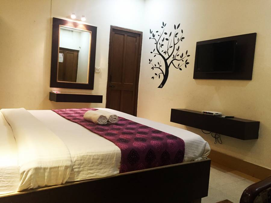 Hotel Veenus Interntional, Amritsar, India, coolest hostels and backpackers in Amritsar