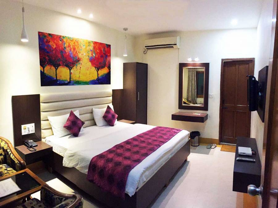 Hotel Veenus Interntional, Amritsar, India, India hostels and hotels