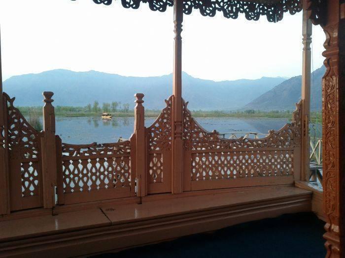 Houseboat Khan Palace, Srinagar, India, Moteles asequibles, autopistas, casas de huéspedes y alojamiento en Srinagar