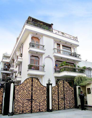 India Luxury Homes, Delhi Cantonment, India, India hostels and hotels