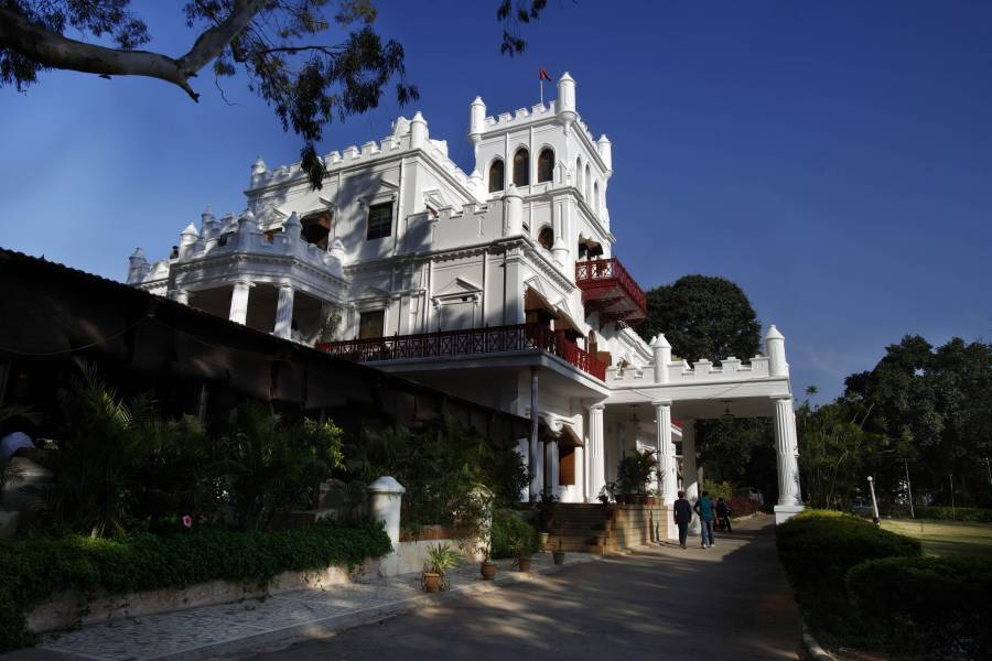 Jayamahal Palace Hotel, Bengaluru, India, India hostels and hotels