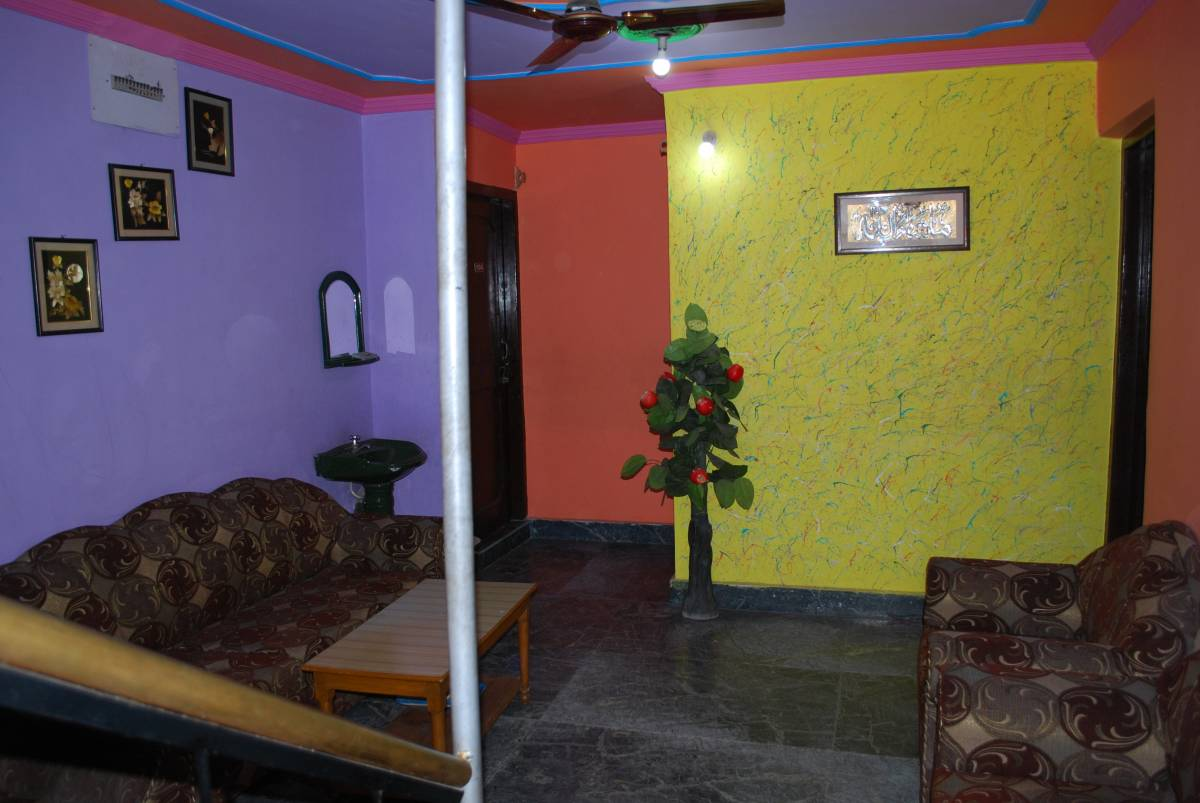Kashmir Mahal Guest House, Srinagar, India, safest bed & breakfasts and hotels in Srinagar