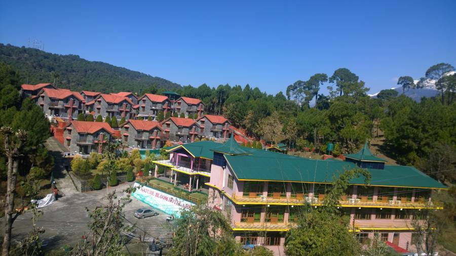 Nature Bloom Hotel and Resorts, Devidanda, India, India hostels and hotels