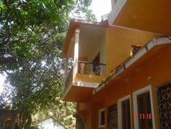 Orange House, Anjuna, India, backpackers backpackers hiking and camping in Anjuna