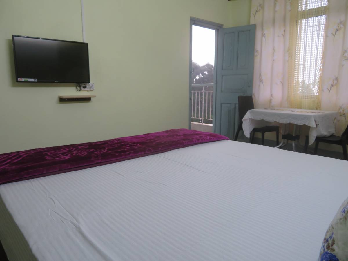 Pine Touch Retreat, Darjiling, India, more hostels in more locations in Darjiling
