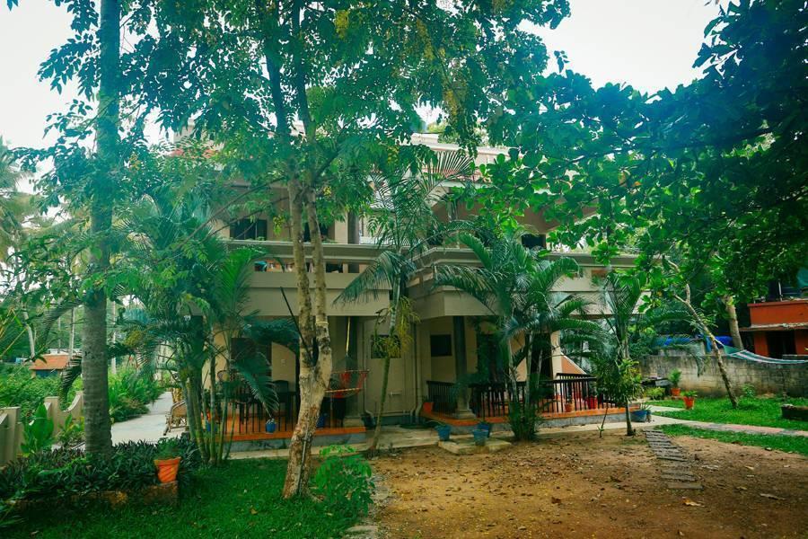 Rainbow, Varkala, India, India bed and breakfasts och hotell