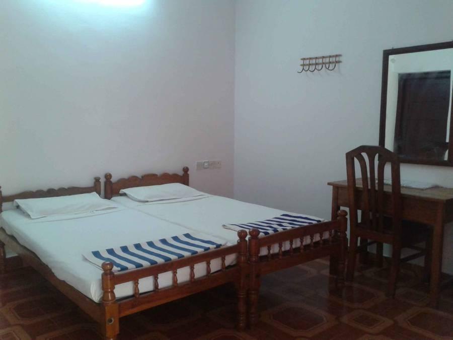 Rajapark Beach Resort, Varkala, India, Hitta ditt äventyr och resa, boka nu med BedBreakfastTraveler.com i Varkala