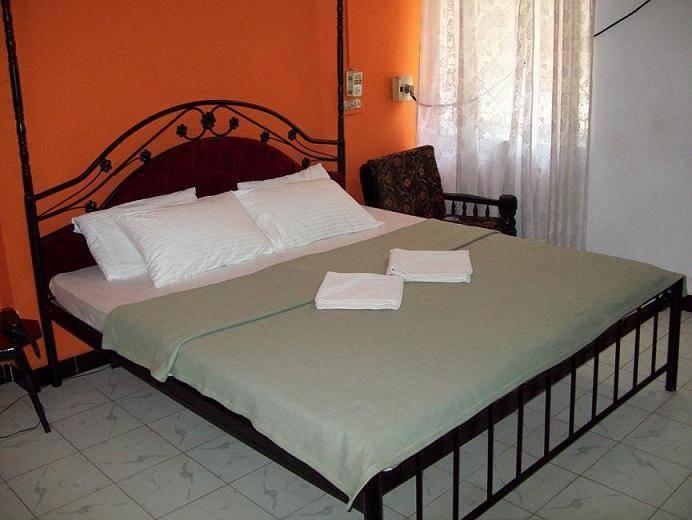 Shangrila Beach Hotel, Anjuna, India, India hostels and hotels