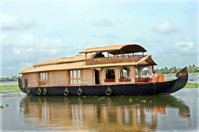Sreekrishna Houseboat, Alleppey, India, best countries to visit this year in Alleppey