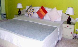 Sunshine House, Delhi, India, India hostels and hotels