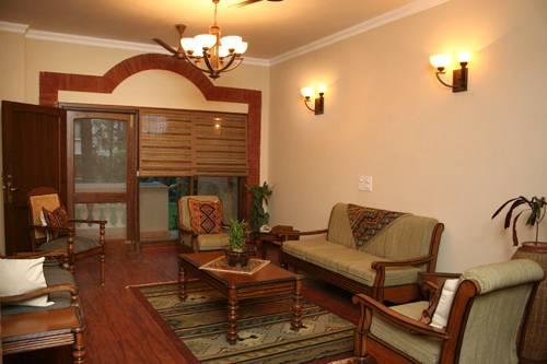 The Estate, New Delhi, India, long term rentals at bed & breakfasts or apartments in New Delhi