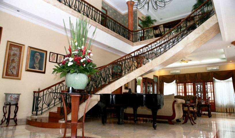 Pesona Guest House Jakarta, join the best hostel bookers in the world in Tangerangscheweg, Indonesia 16 photos