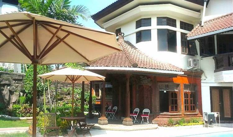 Rising Sun Bali Bed and Breakfast - Get cheap hostel rates and check availability in Sanur 13 photos
