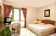 Puri Lotus, Jakarta, Indonesia, bed & breakfasts and hotels for mingling with locals in Jakarta