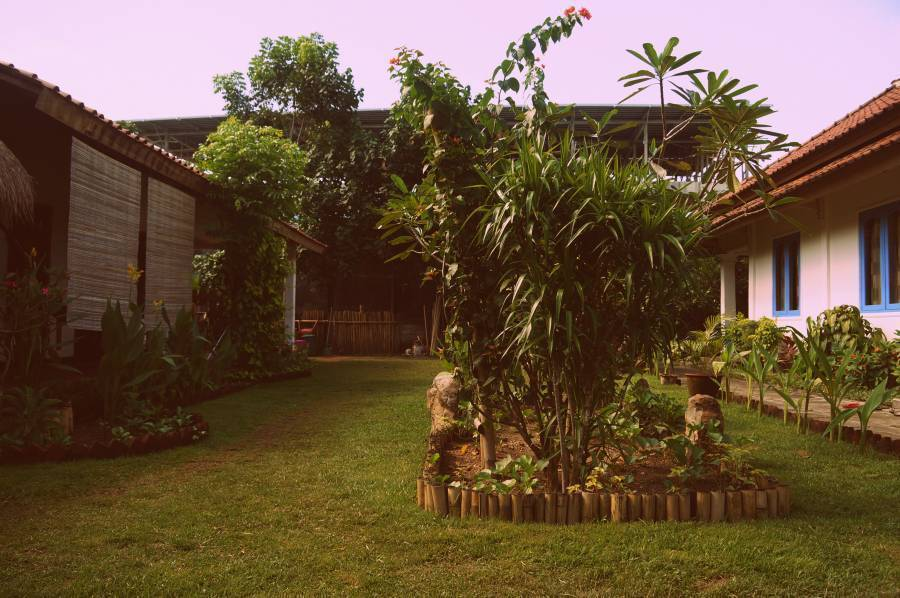 Same Same - Bungalows, Kuta, Indonesia, hostels in locations with the best weather in Kuta