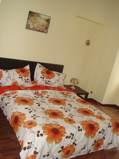 1st House Cialdini, Rome, Italy, low cost bed & breakfasts in Rome