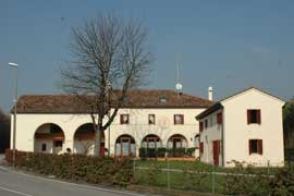 Agriturismo Terra Di Zosagna, Breda Di Piave, Italy, bed & breakfast reviews and discounted prices in Breda Di Piave