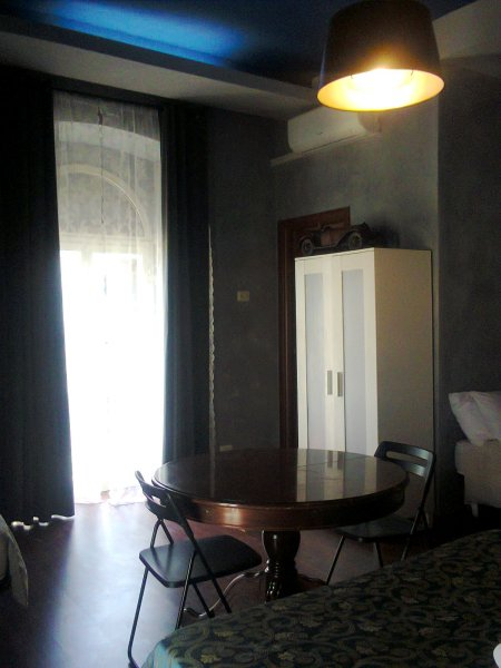 Arthur Guesthouse, Rome, Italy, read reviews from customers who stayed at your bed & breakfast in Rome