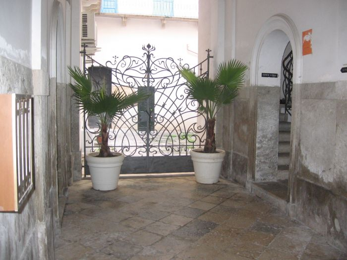 B and B Centrale, Trapani, Italy, tourist class bed & breakfasts in Trapani