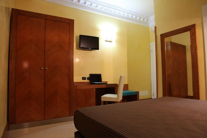 B and B Federicahome, Rome, Italy, secure online reservations in Rome