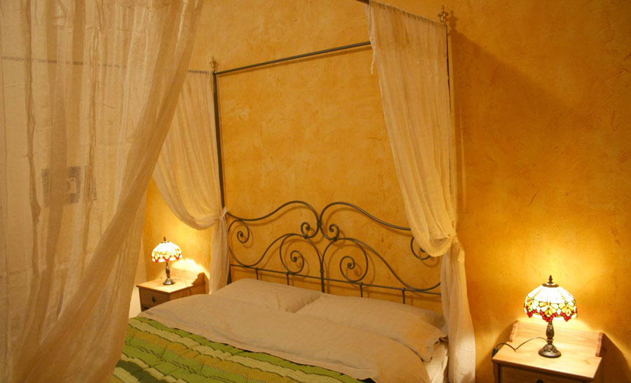 Villa I Due Padroni, Montecalvo Versiggia, Italy, the most trusted reviews about bed & breakfasts in Montecalvo Versiggia