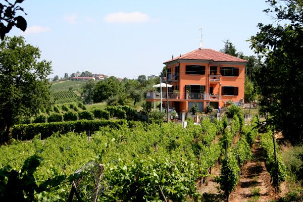Villa I Due Padroni, Montecalvo Versiggia, Italy, Italy bed and breakfasts and hotels