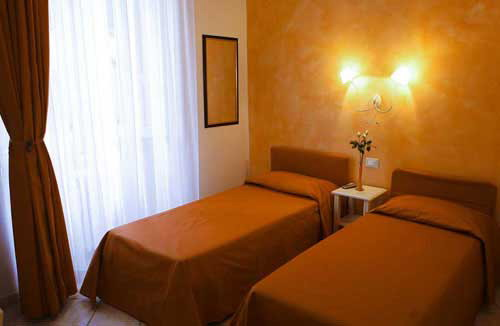 B and B Lanterna Fiorentina, Florence, Italy, impressive bed & breakfasts with great amenities in Florence
