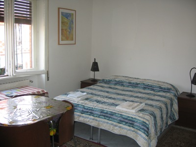 BB and Apartments La Voliera, Rome, Italy, bed & breakfasts with breakfast in Rome