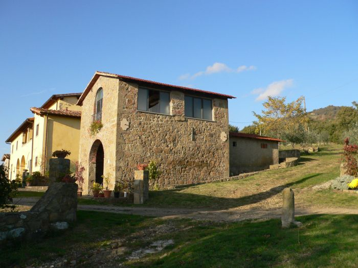 Agriturismo Casa Ronta, Loro Ciuffenna, Italy, bed & breakfasts with non-smoking rooms in Loro Ciuffenna