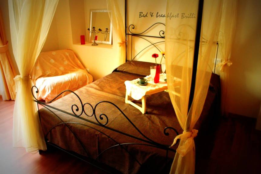 Bed and Breakfast Brilli, Rome, Italy, youth hostels and backpackers for sharing a room in Rome