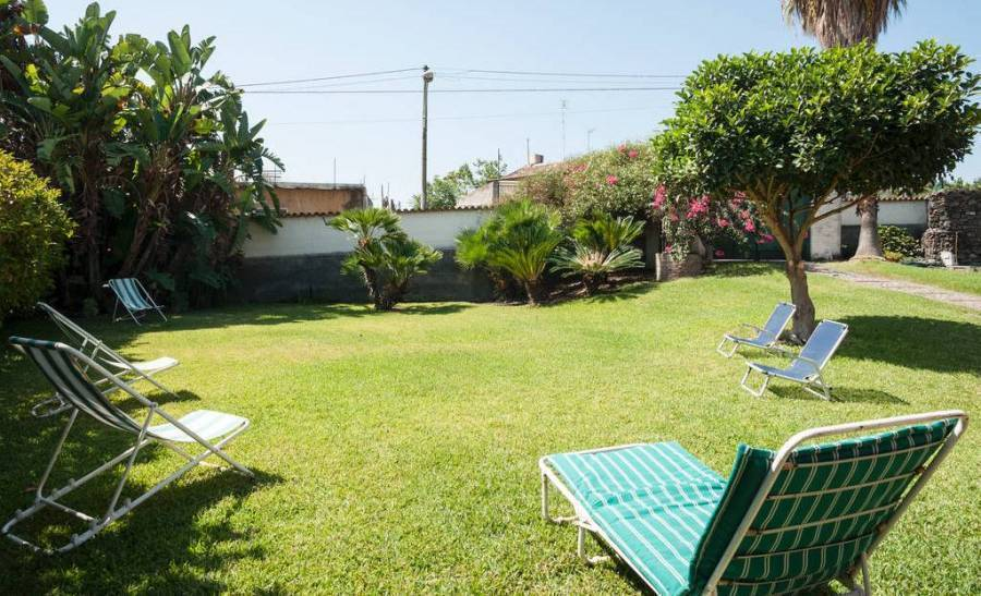 Bed And Breakfast  La Casa Del Ficus, Acireale, Italy, what is an eco-friendly hostel in Acireale