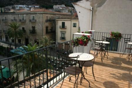 Bed and Breakfast Palazzo Villelmi, Cefalu, Italy, Italy bed and breakfasts and hotels