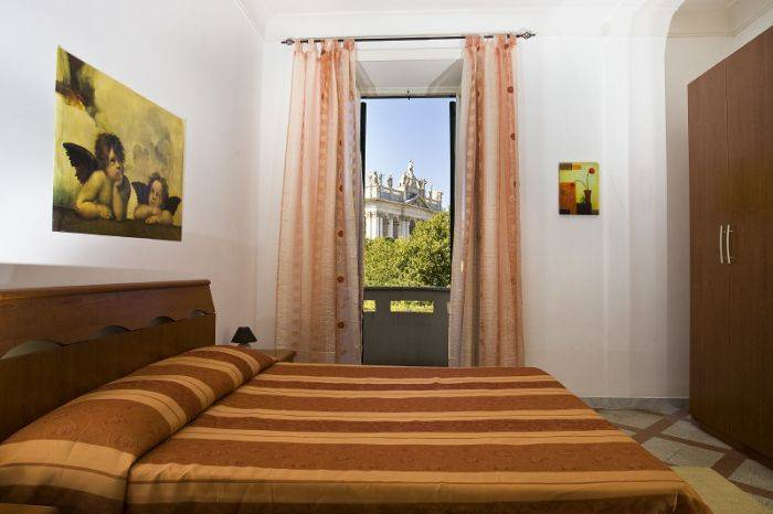 Bel Ami Bed and Breakfast, Rome, Italy, promotional codes available for hostel bookings in Rome