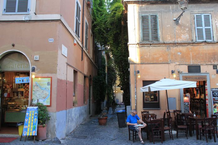 BnB Ventisei Scalini a Trastevere, Rome, Italy, last minute bookings available at hostels in Rome
