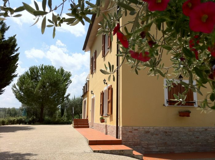 Casa Christiana B and B, Penne, Italy, bed & breakfasts near vineyards and wine destinations in Penne