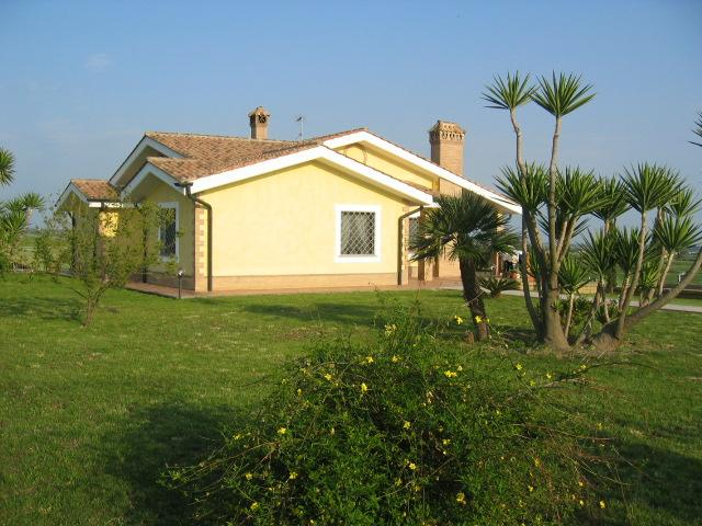 Case Del Sole Bed And Breakfast, Cerveteri, Italy, Italy bed and breakfasts and hotels