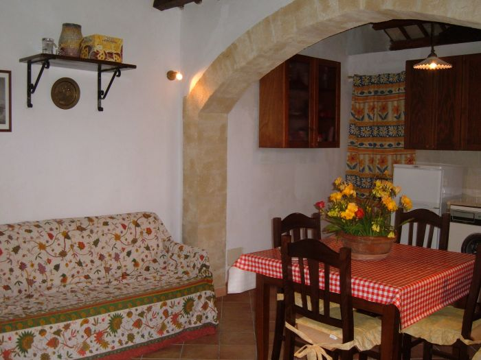 Case Vacanze La Rustica, Buseto Palizzolo, Italy, Italy hostels and hotels