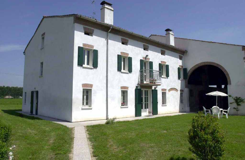 Corte Bertoia Country House, San Benedetto Po, Italy, family friendly bed & breakfasts in San Benedetto Po
