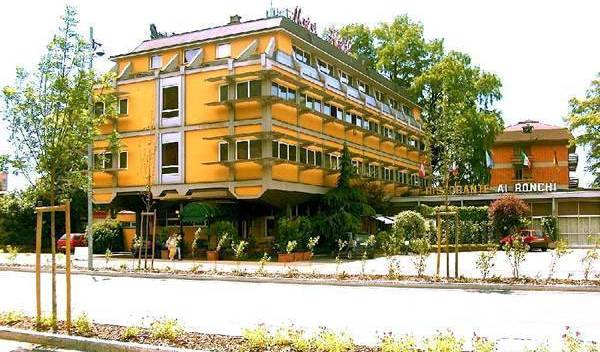Ai Ronchi Motor Hotel - Search for free rooms and guaranteed low rates in Brescia 7 photos