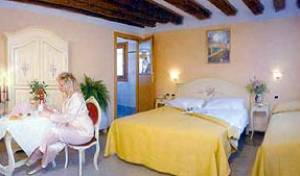 Al Gallo -  Venice, bed & breakfasts for vacationing in summer 7 photos