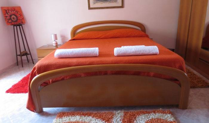 B and B Colomba Bianca - Search available rooms and beds for hostel and hotel reservations in Marsala, Mazara del Vallo, Italy hostels and hotels 1 photo