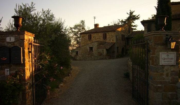 Le Querciole Bed and Breakfast -  Barberino di Val d'Elsa, bed & breakfasts in cities with zoos 8 photos