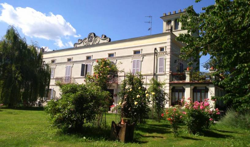 B and B Villa Albertina - Get cheap hostel rates and check availability in San Secondo Parmense 2 photos