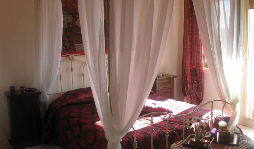 BB A Casa di Marco - Search available rooms and beds for hostel and hotel reservations in Catania 15 photos