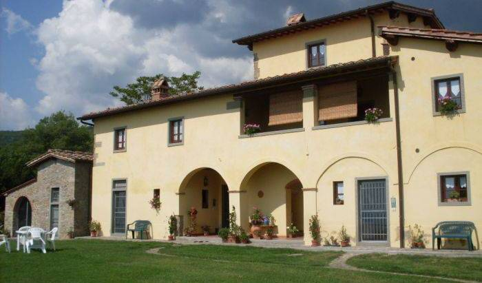 Agriturismo Casa Ronta - Get cheap hostel rates and check availability in Loro Ciuffenna 23 photos