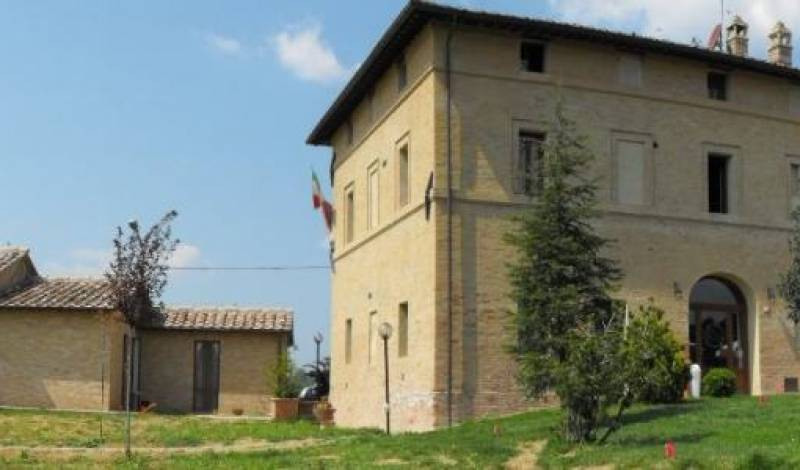 Bed and Breakfast Fonte Dei Tufi - Search for free rooms and guaranteed low rates in Siena 7 photos