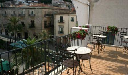 Bed and Breakfast Palazzo Villelmi -  Cefalu 6 photos
